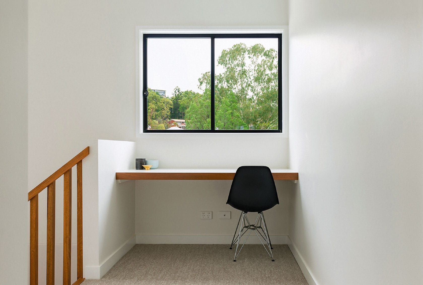 Black Sliding Window