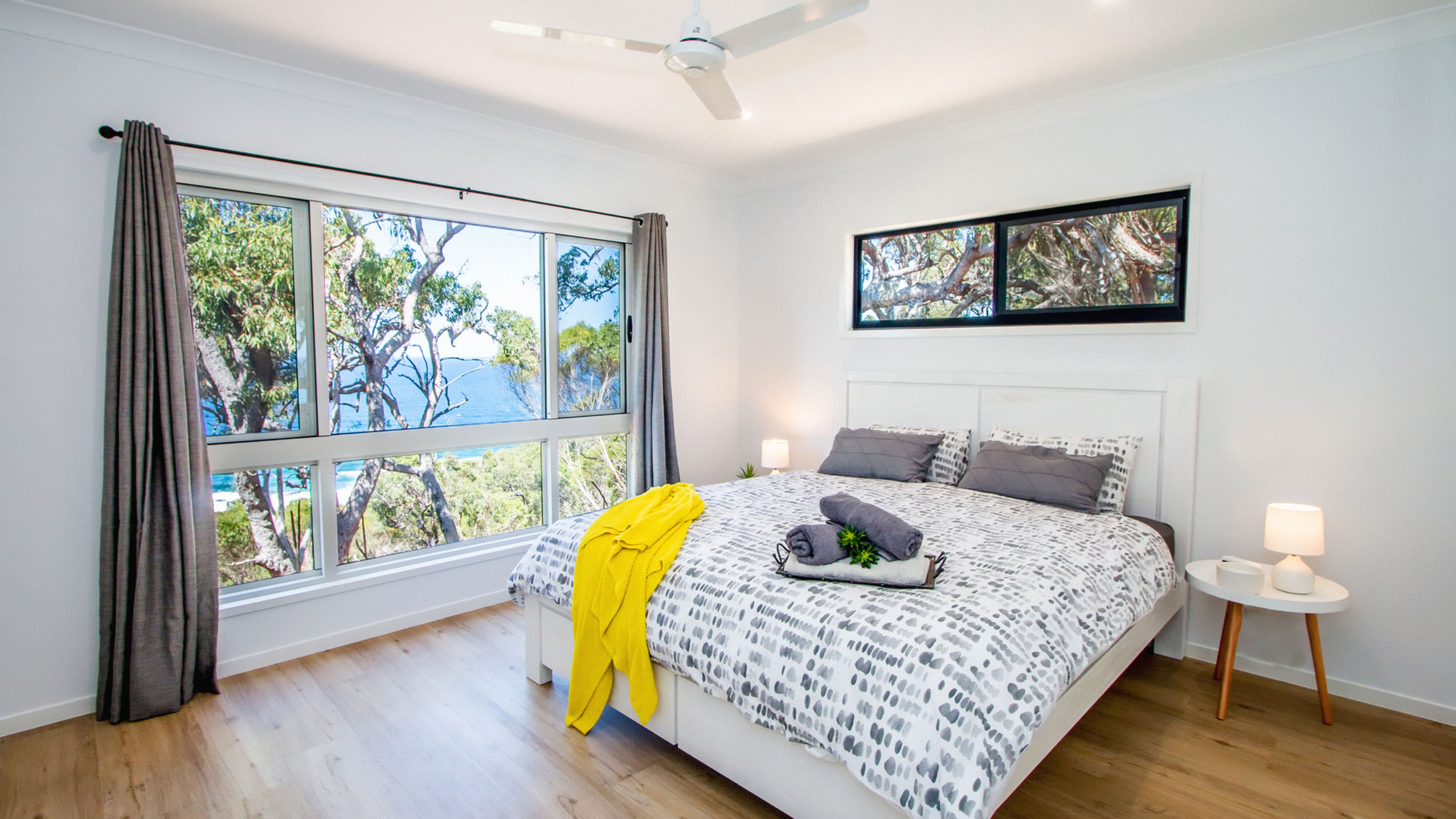 Premium White Sliding Window