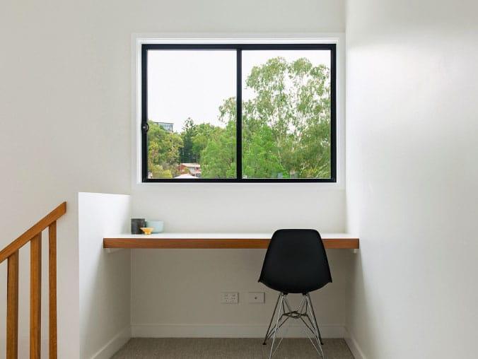 2-panel-sliding-window