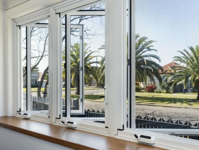 3-panel-casement-window