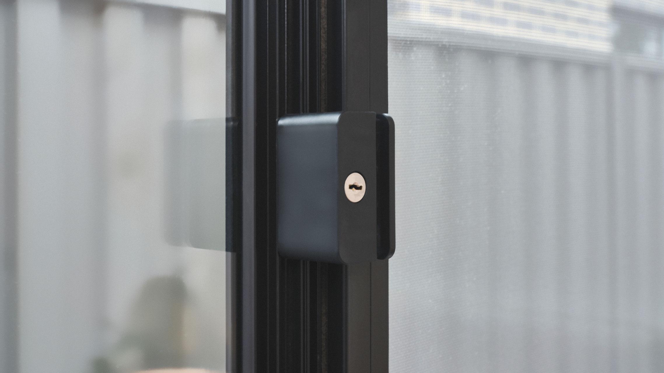 Sliding Window handle